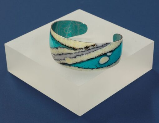 Hebridean Collection cuff blue cream